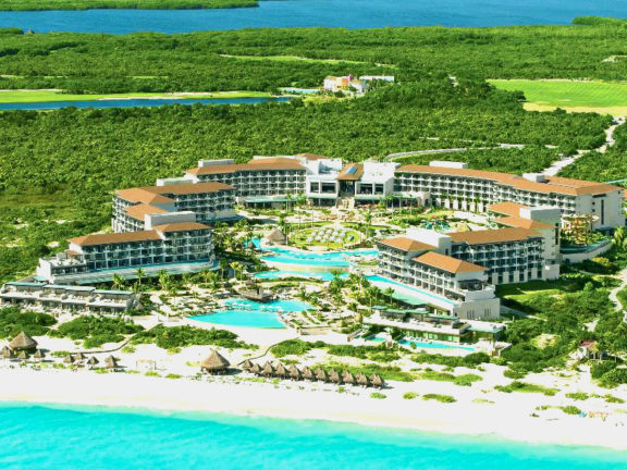 Dreams Excellence Playa Mujeres Golf & Spa Resort