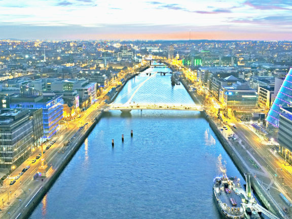 Dublin Tours, Hotels, Restaurants, Foods, Culture - Travel Guide in Ireland