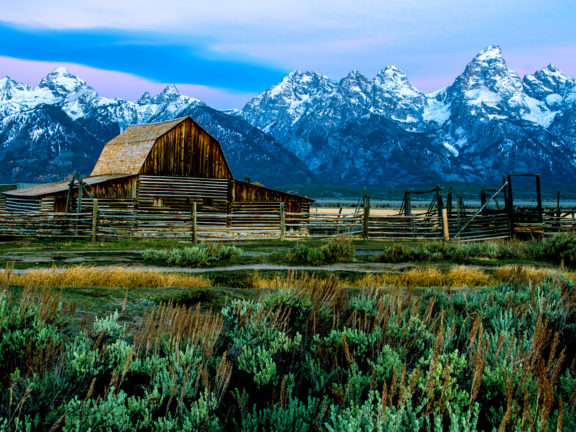 Grand Teton National Park Tours, Hotels, Restaurants, Camping, Foods - Travel Guide in USA