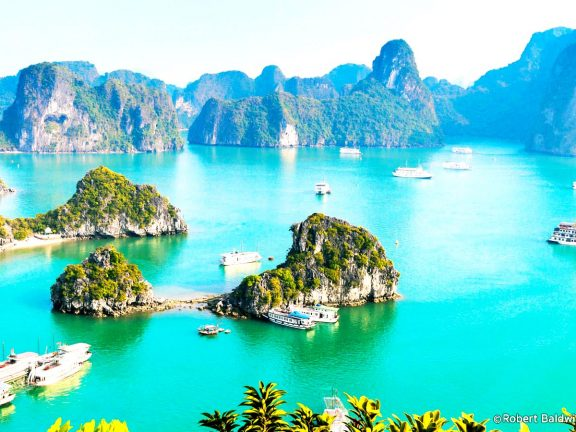 Halong Bay Tours, Hotels, Cruises, Foods - Travel in Vietnam