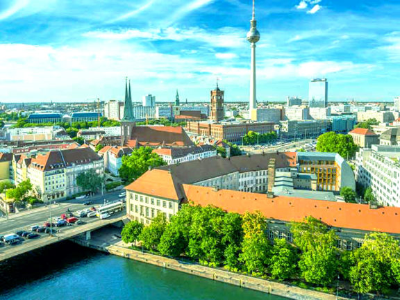 Berlin Tours, Hotels, Accommodations, Restaurants, Foods – Travel in Germany